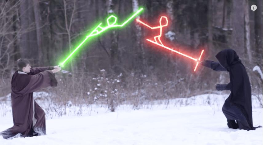 もはや意地の戦いwwwファンが作った「十字型ライトセーバー」のパロディビデオが面白すぎる
