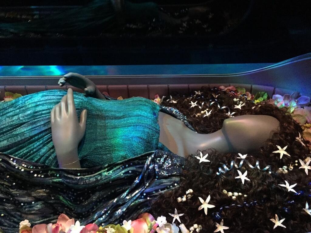 パドメの葬儀シーン