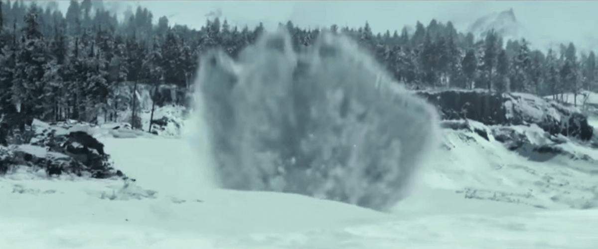 雪の上に堕ちるファルコン号3