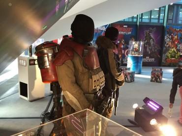 スター・ウォーズ/ローグ・ワンの衣装が展示 想像力を掻き立てる武器の数々が明らかに