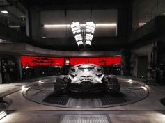 ブルース・ウェイン邸を探索できる!『バットマンvsスーパーマン』のバットケイブがGoogleMapストリートビューに登場
