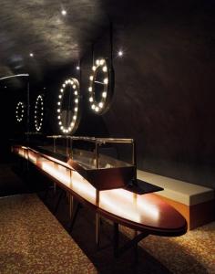 Image-4-Silencio-restroom