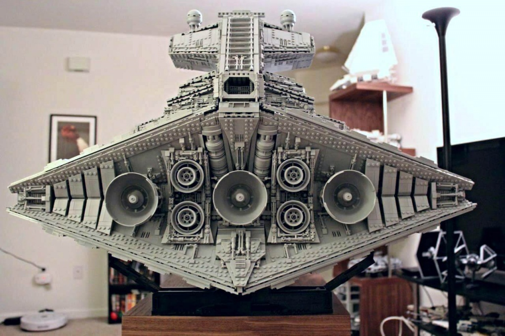 lego-star-destroyer-3