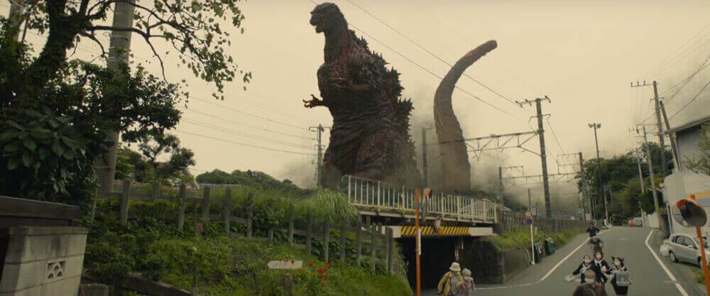 今回、ゴジラは鎌倉市稲村ヶ崎に上陸。その後武蔵小杉駅方面に移動し、自衛隊と激突するという。 https://www.youtube.com/watch?v=ysRIwlEBjuw