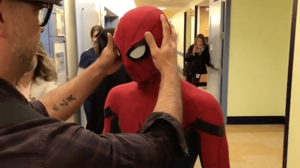 spider-man-visits-hospital