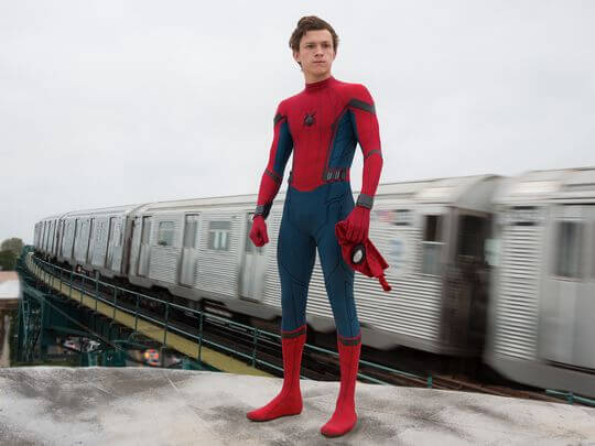 http://www.usatoday.com/story/life/movies/2016/12/08/exclusive-sneak-peek-spider-man-homecoming-first-look-new-photo/95058230/
