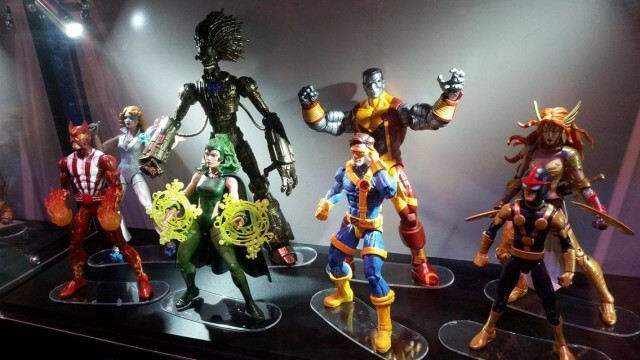 http://marveltoynews.com/wp-content/uploads/2016/07/SDCC-2016-Marvel-Legends-X-Men-2017-Figures-Display-640x360.jpg