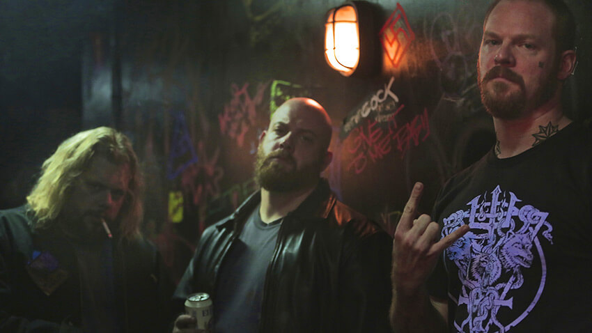 http://www.indiewire.com/2016/04/how-green-room-director-jeremy-saulnier-and-dp-sean-porter-created-the-films-gritty-look-289694/