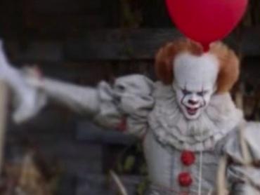 """2017年版『イット』予告編映像公開に向けた恐怖の""""風船""""カウントダウンがインスタグラムで開始!"""