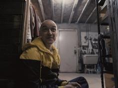 シャマラン・ユニバース!『グラス』映像、米で公開 ─ 『スプリット』『アンブレイカブル』続編、ブルース・ウィリス、サミュエル、マカヴォイ共演