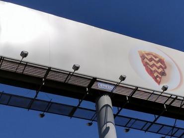 謎のベールに包まれたままの『ツイン・ピークス』新シーズン最新情報!映像クイズ4連発、チェリーパイの屋外広告も登場