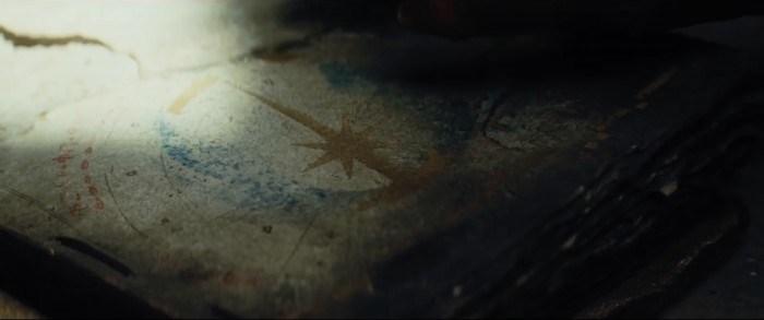 star-wars-the-last-jedi-trailer-9-symbol-700x293