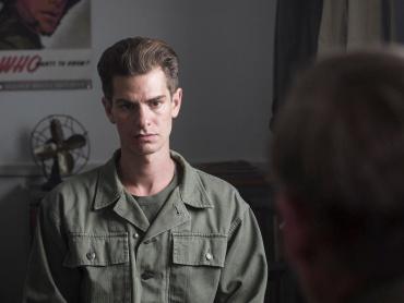 「人を殺すことができないだけです」―映画『ハクソー・リッジ』主人公デズモンド・ドスが信念を語る、緊迫の本編映像解禁!