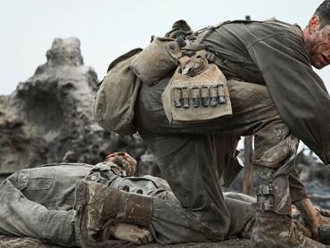 『ハクソー・リッジ』アンドリュー・ガーフィールド熱演!熾烈な戦場を捉えた、圧巻の本編写真公開