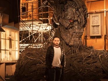 【スゴい】『怪物はささやく』アニマトロニクス&CGで動く「怪物」のメイキング映像解禁!新スパイダーマン、トム・ホランドも撮影に参加
