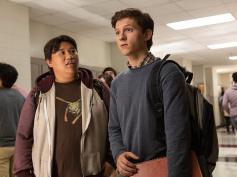 確定申告はお早めに! ─ 『スパイダーマン』トム・ホランド、税金支払いに「学校では教えてくれないなんて」「誰か助けてハハハ」