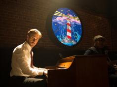 『セッション』『ラ・ラ・ランド』監督、新作映画の音楽はジャズなし!月面着陸の宇宙飛行士、ニール・アームストロングの人生描く