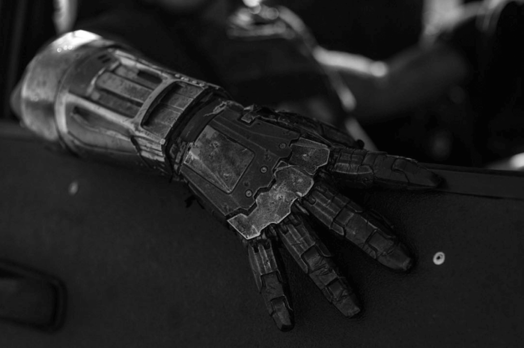 metal-arm
