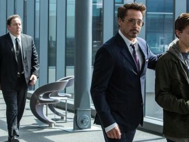 ピーター・パーカー / スパイダーマン『アイアンマン2』でトニー・スタークと出会っていた?『アイアンマン』第1作とリンクする設定も判明