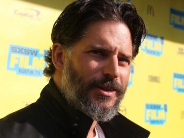 『ザ・バットマン』デスストロークの登場については「何も言えない」 ― 俳優ジョー・マンガニエロがコメント
