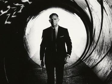 ダニエル・クレイグ、『007』第25作でもジェームズ・ボンド役を続投か ― 主題歌にはアデルが再登板?