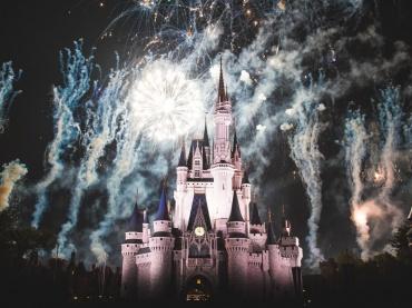 ディズニー『魔法にかけられて』続編が進行中 ─「いつまでも幸せに暮らしましたとさ」の10年後が舞台に、脚本完成済み