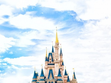 ディズニー実写映画「くまのプーさん」米予告編公開!『クリストファー・ロビン』夢を忘れた「かつての少年」描く