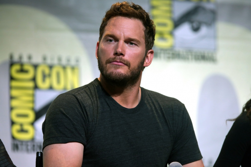 "Chris Pratt speaking at the 2016 San Diego Comic Con International, for ""Guardians of the Galaxy Vol. 2"", at the San Diego Convention Center in San Diego, California. / Gage Skidmore ( https://www.flickr.com/photos/gageskidmore/28662620855/in/photostream/ )"