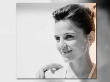 『私が、生きる肌』女優エレナ・アナヤ、『ワンダーウーマン』マル博士を語る「彼女は怒りを愛し、人々を苦しめることを楽しんでいる」