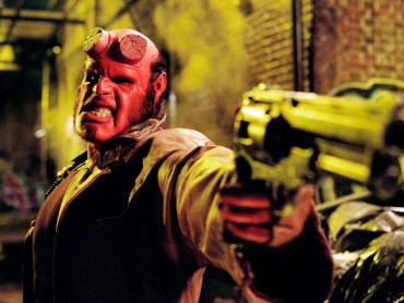 リブート版『ヘルボーイ』撮影終了 ─ 主演俳優、一日にドーナツ6個で「お父さん体型」に戻す