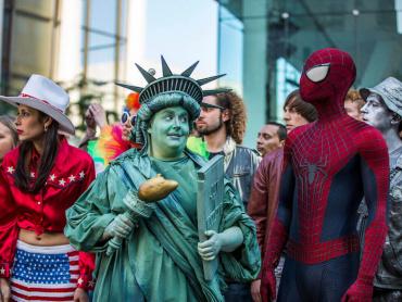 ブラックキャット?『アメイジング・スパイダーマン2』ハリーの美人秘書フェリシアに原作ファンがざわめいたワケ
