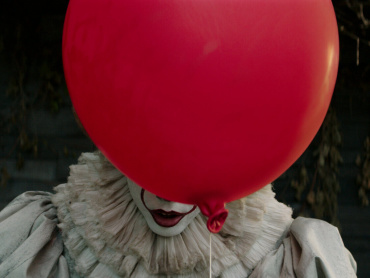 "『IT/イット ""それ""が見えたら、終わり。』米国で大ヒット!公開3日間で興収1億ドル突破&世界でも記録更新続出"
