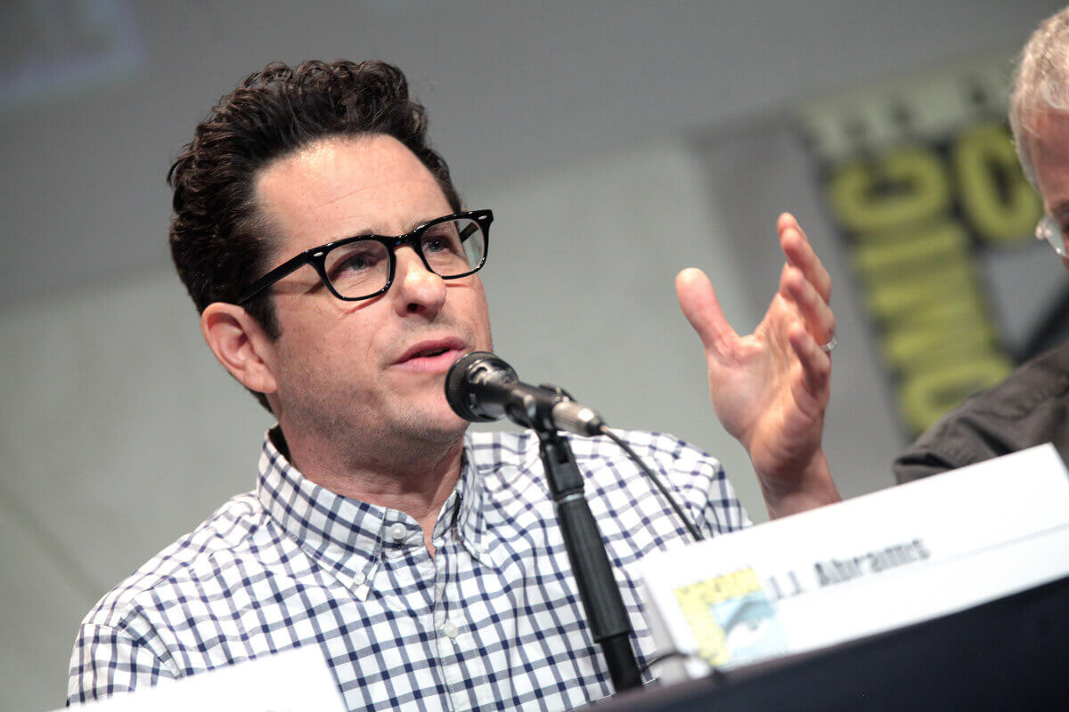 "J. J. Abrams speaking at the 2015 San Diego Comic Con International, for ""Star Wars: The Force Awakens"", at the San Diego Convention Center in San Diego, California. / Photo by Gage Skidmore ( https://www.flickr.com/photos/gageskidmore/19679067265/ )"