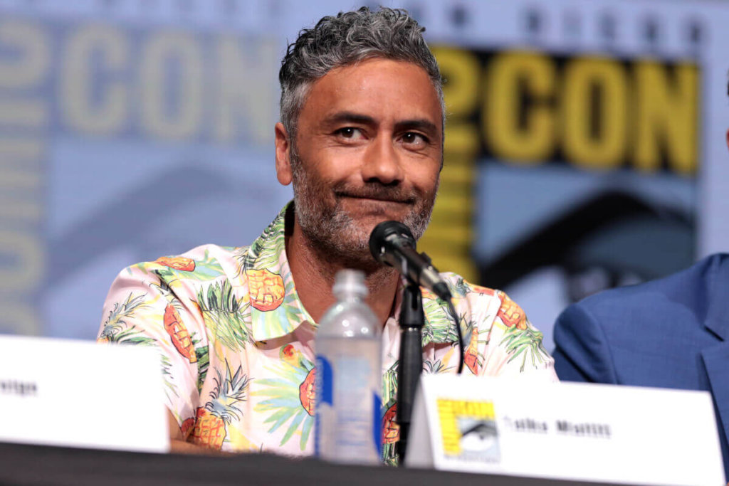 "Taika Waititi speaking at the 2017 San Diego Comic Con International, for ""Thor: Ragnarok"", at the San Diego Convention Center in San Diego, California. / Photo by Gage Skidmore ( https://www.flickr.com/photos/gageskidmore/36201776766/ )"