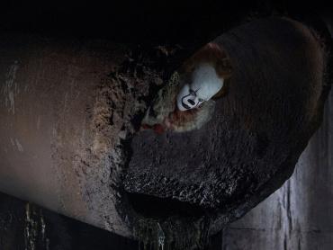 """「ピエロを信じるな」独バーガーキングが映画『IT/イット """"それ""""が見えたら、終わり。』をジャック、マクドナルドけん制"""