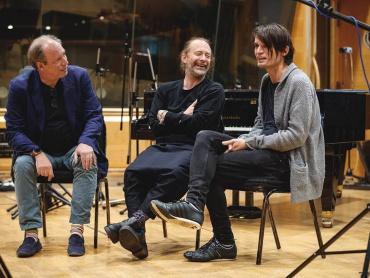 レディオヘッド&映画音楽の名匠ハンス・ジマー、コラボ楽曲を発表 ― 2011年の楽曲『Bloom』をリメイク
