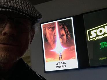 スター・ウォーズ『ハン・ソロ』監督、『最後のジェダイ』を称賛 ― 「素晴らしい仕事に敬意を」