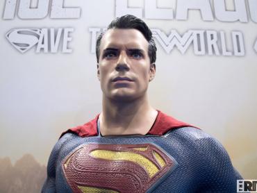 『ジャスティス・リーグ』コミックにも登場、スーパーマンの●●姿が撮影されていた ─ 撮影監督が明かす削除シーンとは
