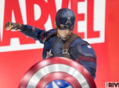 クリス・エヴァンス『アベンジャーズ/インフィニティ・ウォー』での姿は「うれしい」 ― キャプテン・アメリカのコスチューム変遷を語る