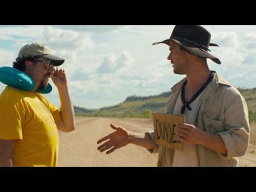 クリス・ヘムズワース、『クロコダイル・ダンディー』続編に出演へ ─ 早くも映像公開、準主役のアウトドア男演じる