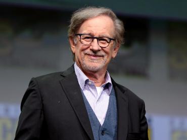 スティーヴン・スピルバーグ、DC映画に参戦!『ブラックホーク』監督務める意向、プロデューサーに就任