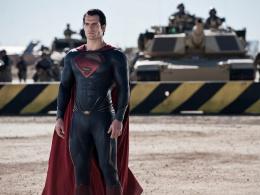 ヘンリー・カヴィル、スーパーマンとしての再登場は「もうすぐ」? DC映画『シャザム!』カメオ出演の噂も