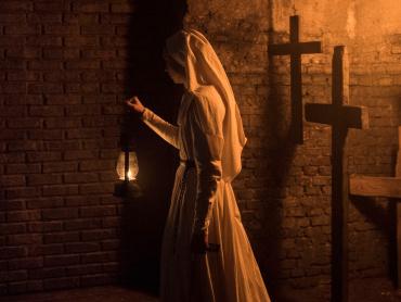『死霊館のシスター』米YouTube広告、怖すぎて削除される ― 運営側「規約に違反」