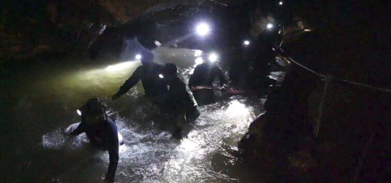 タイ洞窟救助 映画化
