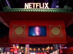 Netflixアニメ『悪魔城ドラキュラ』シーズン2、予告編公開! アジアポップ・コミコンにて巨大ブース展開、レポートが到着