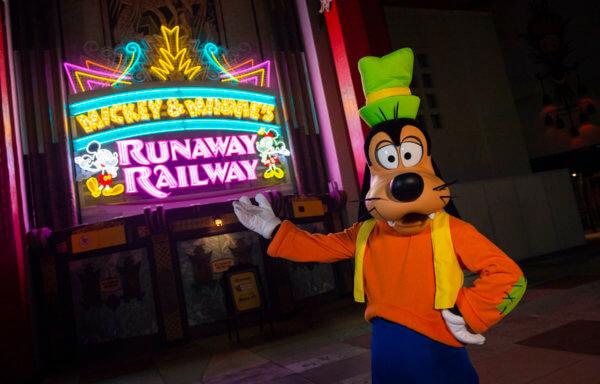 """ディズニー史上初のミッキーマウス&ミニーマウスのライド系アトラクション """"ミッキーとミニーのランナウェイ・レイルウェイ"""" ウォルト・ディズニー・ワールド・リゾートに登場"""